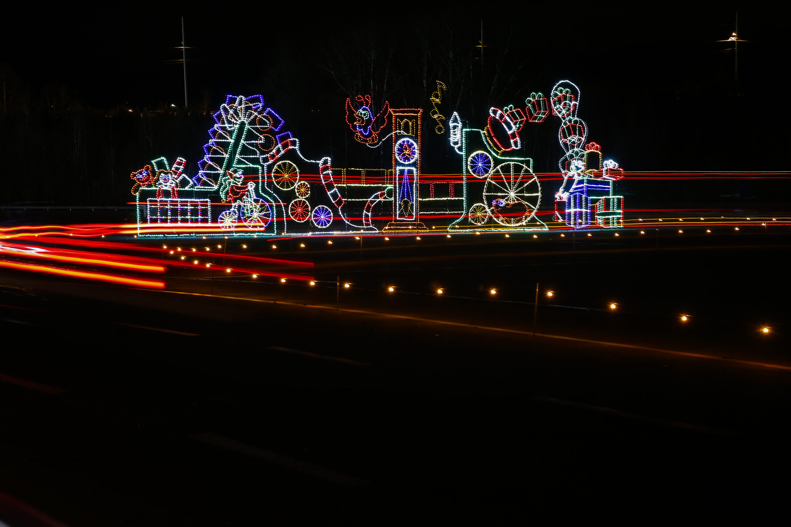 Speedway In Lights Bristol Motor Speedway, Bristol, TN USA Tuesday 12 December 2017  World Copyright: Barry Cantrell NKP